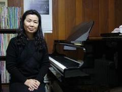 GOTO PIANO ROOM♪